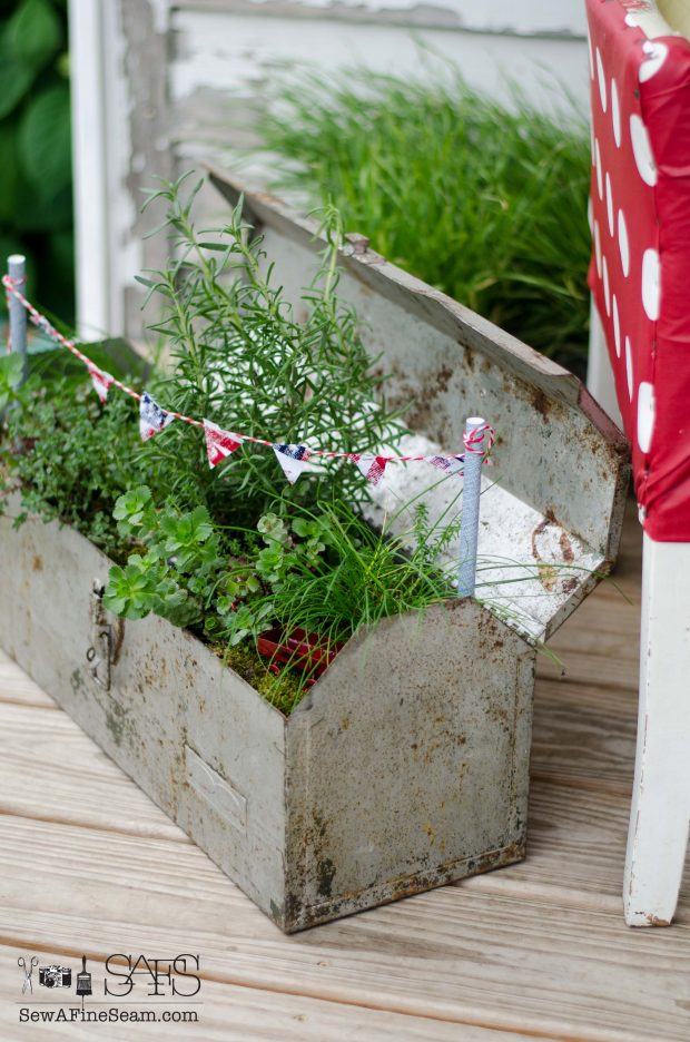 Patriotic Fairy Garden pennant banner detail added