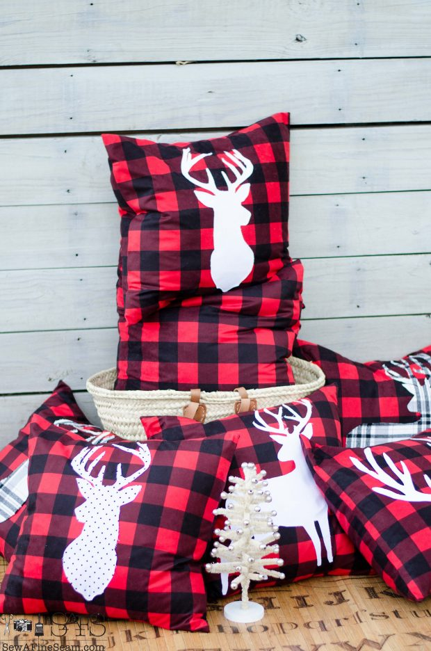 white-on-red-and-black-christmas-pillows-2016