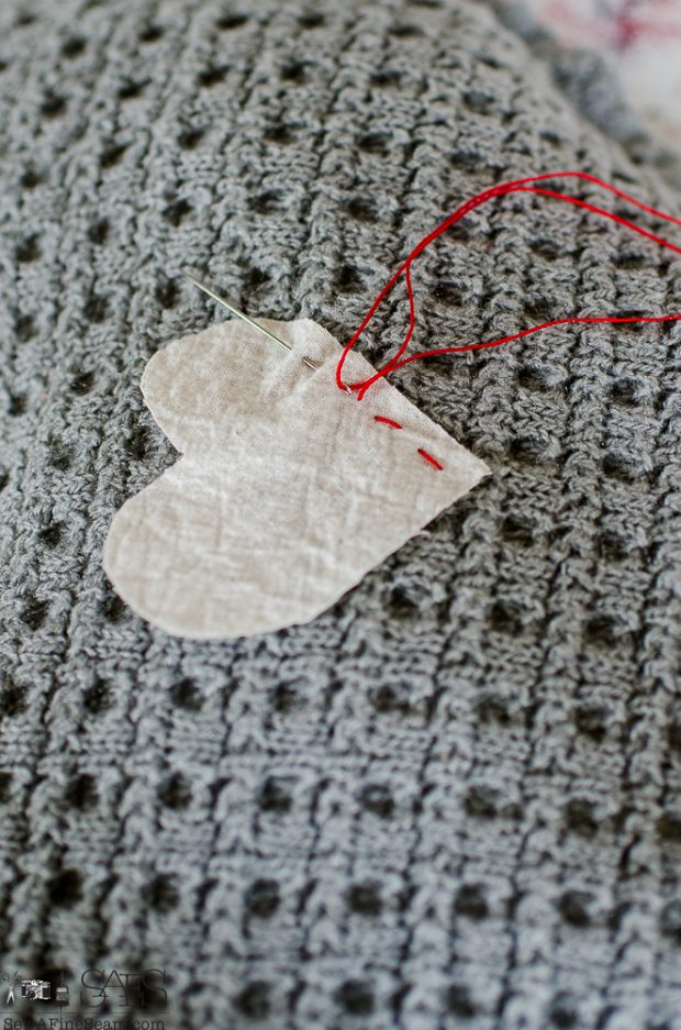heart-shaped-sweater-sachet-tutorial-10