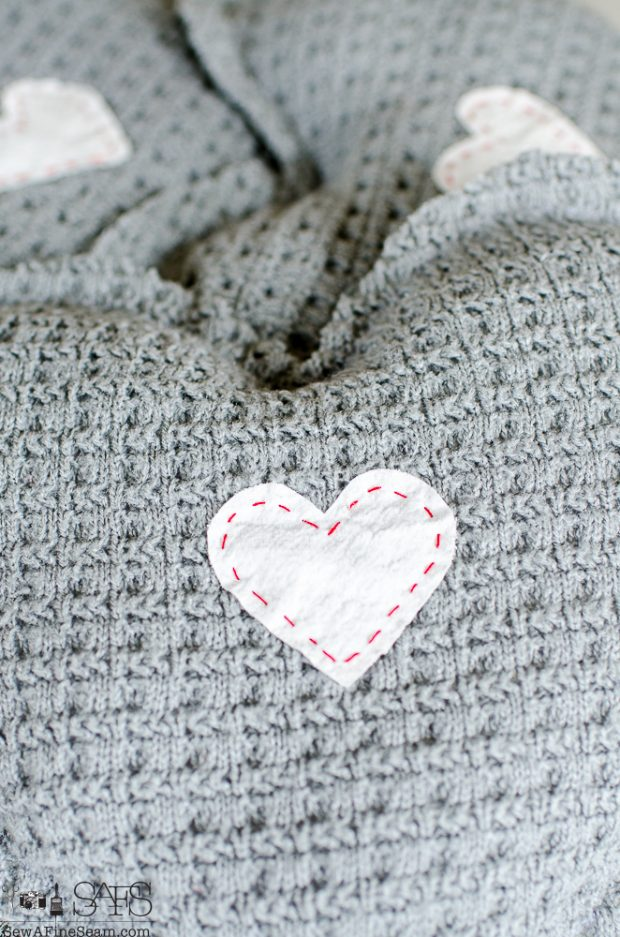 heart-shaped-sweater-sachet-tutorial-11