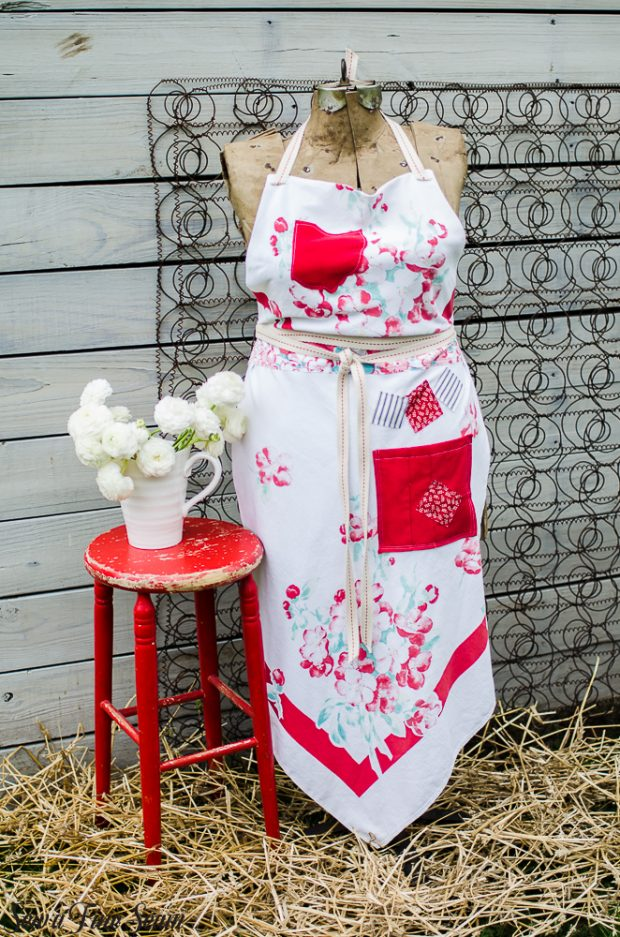 aprons-made-from-vintage-tablecloths-8