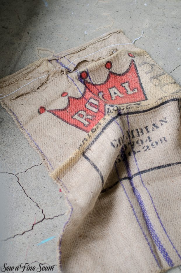 burlap-coffee-sacks-repurposed-cat-bed-and-rug-3
