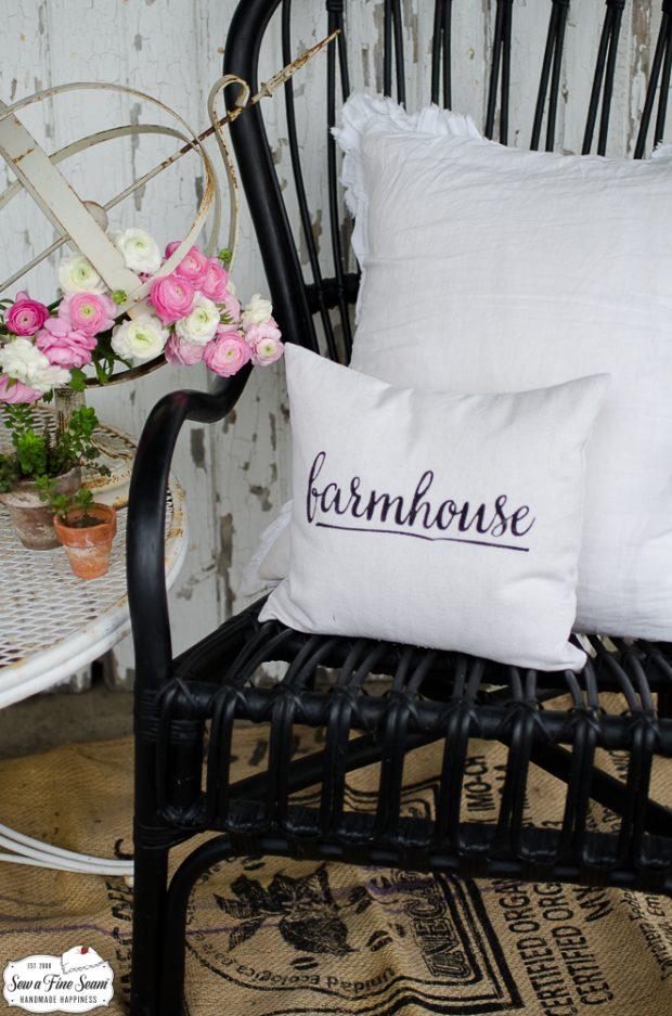 word-art-small-pillow-desigs-farmhouse