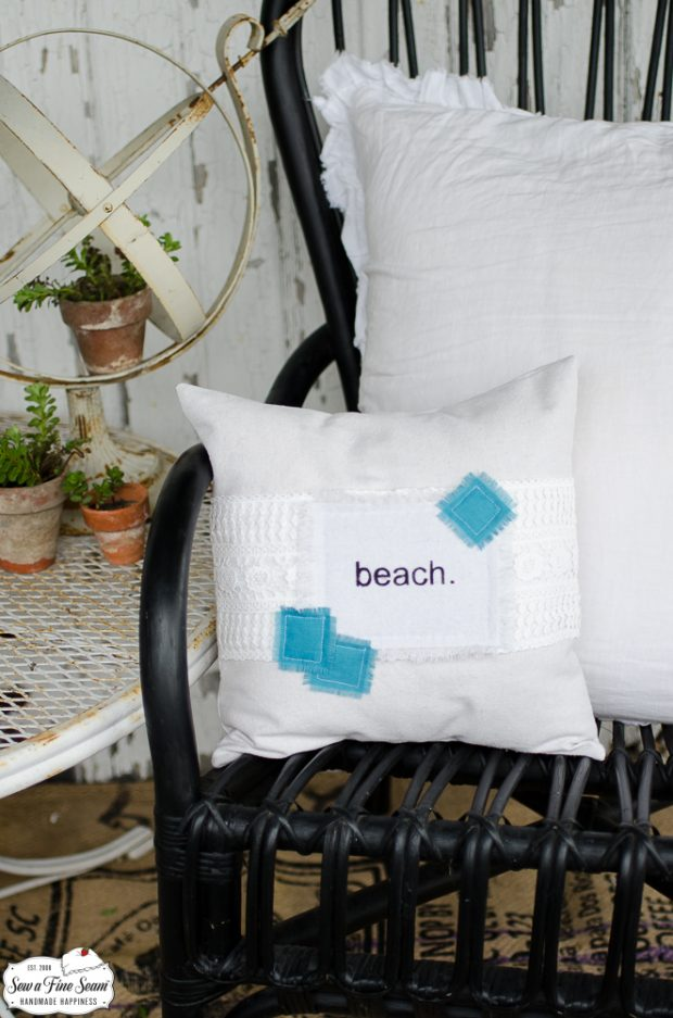 word-art-vintage-lace-pillows-beach