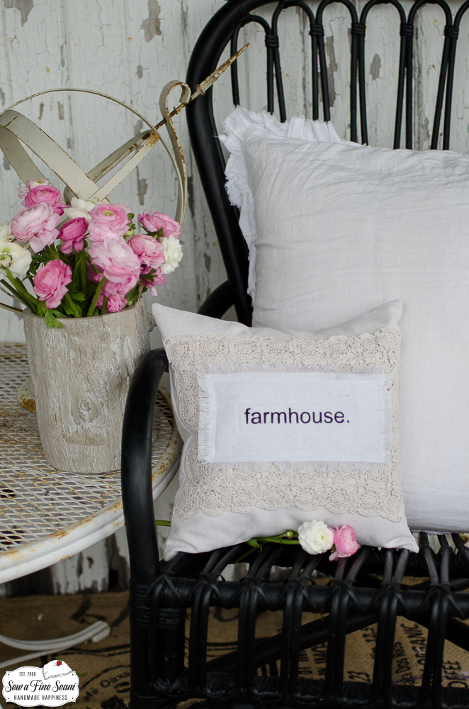 word-art-vintage-lace-pillows-farmhouse