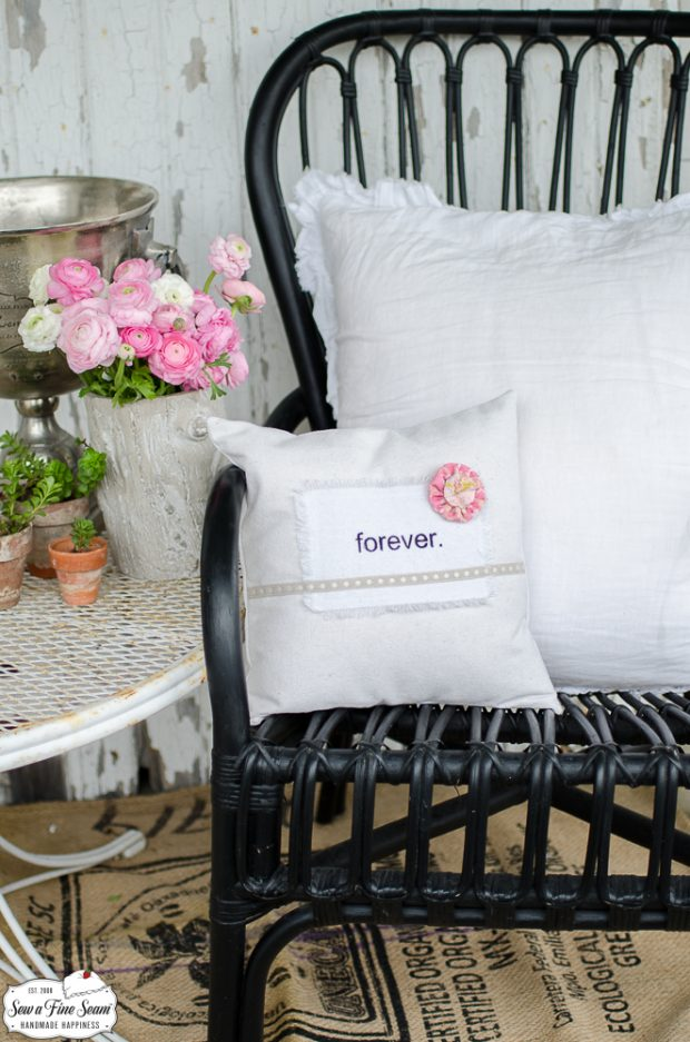 word-art-vintage-lace-pillows-forever