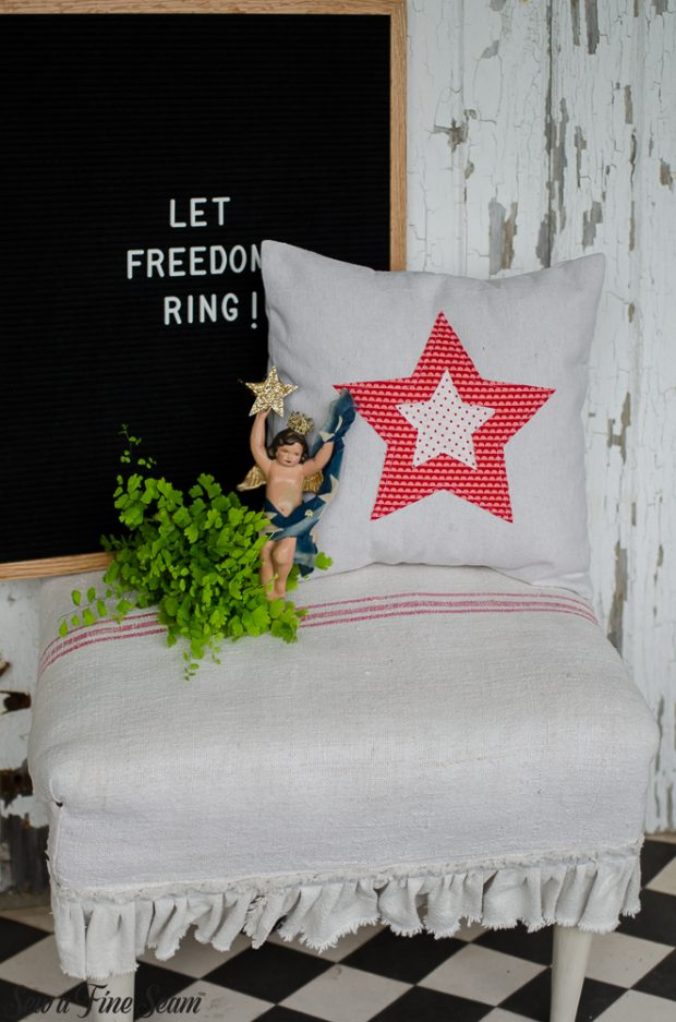 patriotic-pillows-4th-of-july-stars-1