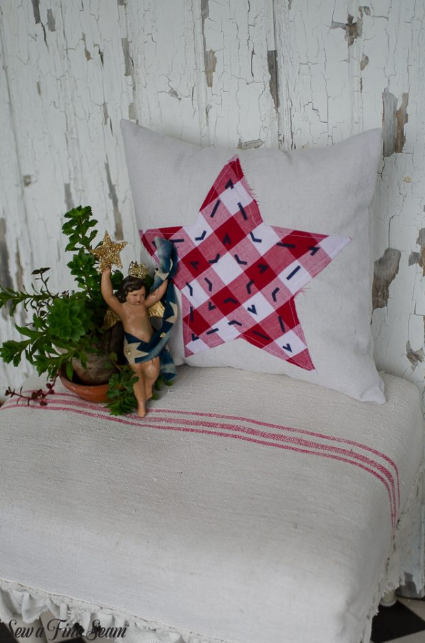 patriotic-pillows-4th-of-july-stars-14