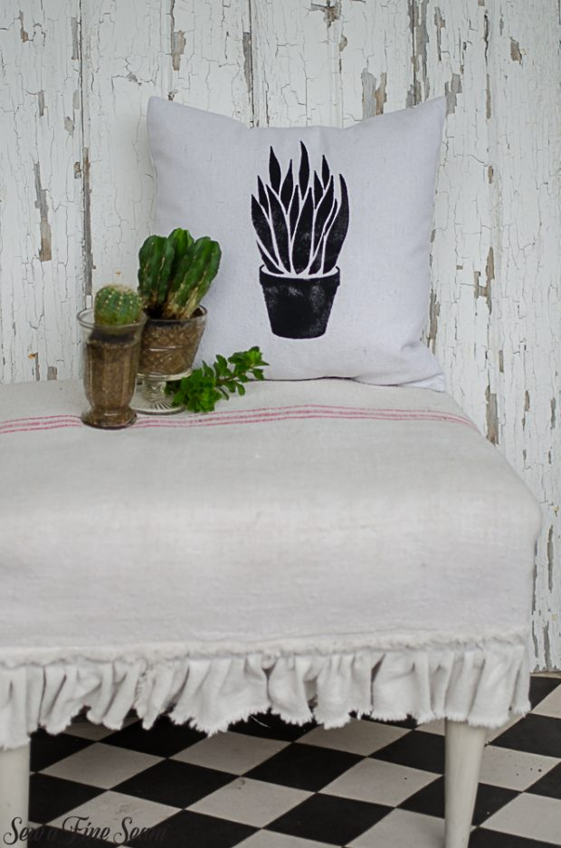 summer-pillows-succulents-15