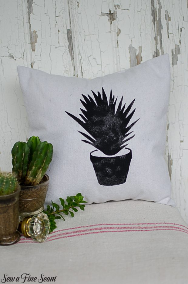 summer-pillows-succulents-16
