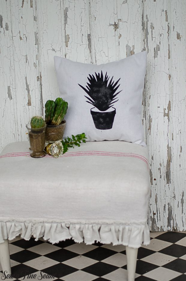 summer-pillows-succulents-17