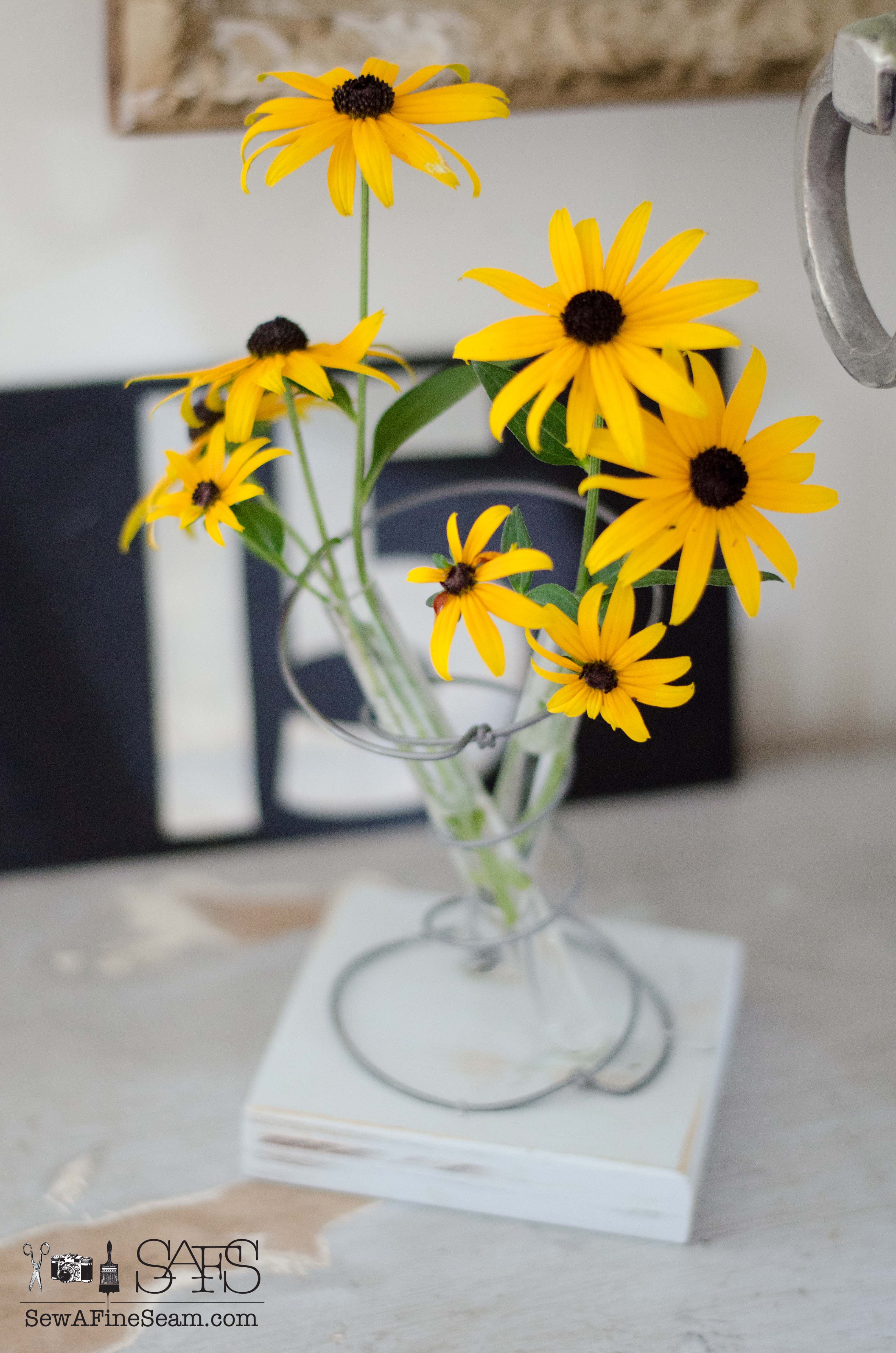 How to Create a Vintage Bedspring Vase How to Create a Vintage Bedspring Vase new images