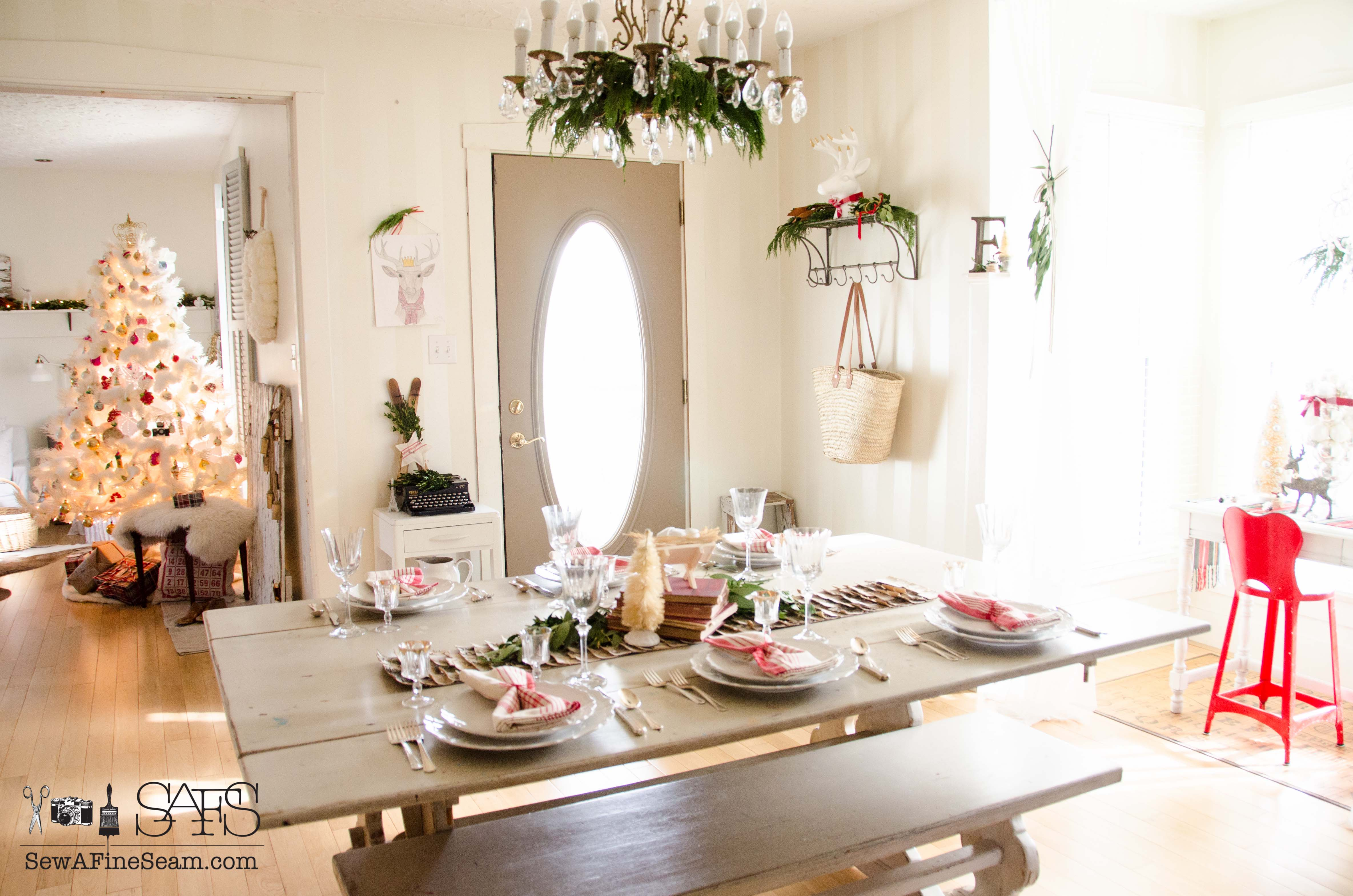 dining room decked out for christmas sew a fine seam dining room table set for christmas dinner