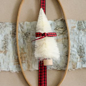 Wrapping Christmas Gifts – Using Unexpected Elements