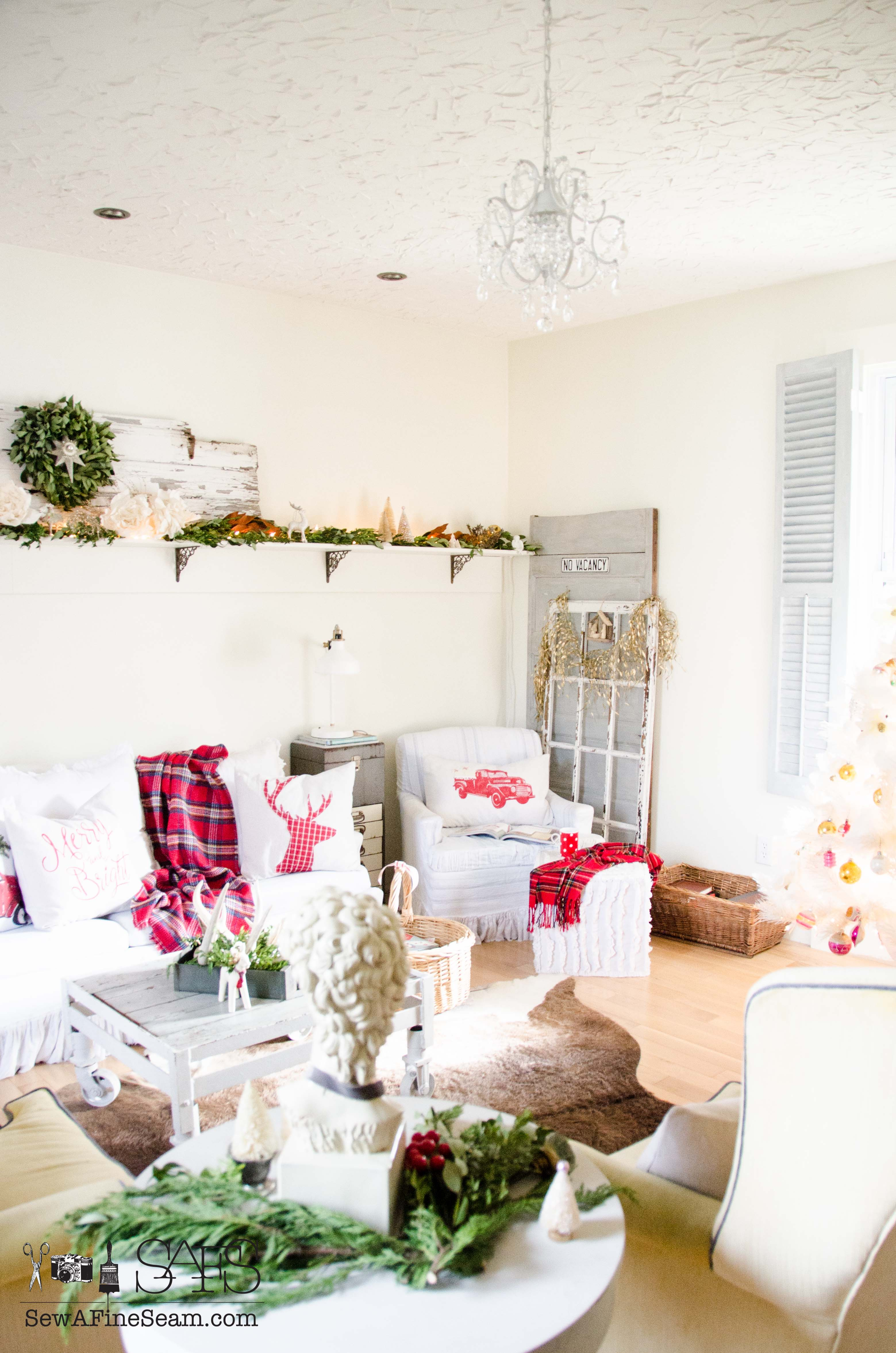 Christmas Decor - the Living Room | Sew a Fine Seam