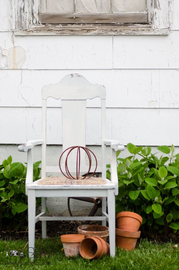 Burlap chair seat - a simple makeover