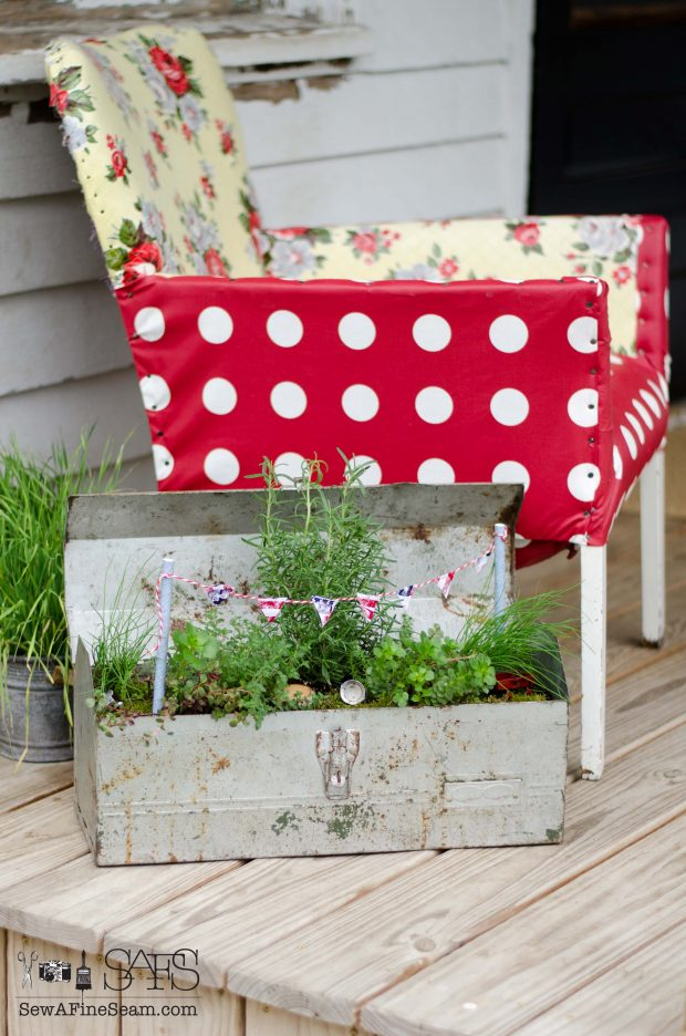Patriotic Fairy Garden porch decor