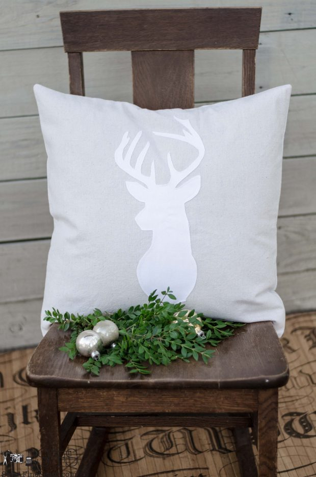 white-deer-head-on-canvas-christmas-pillows-2016