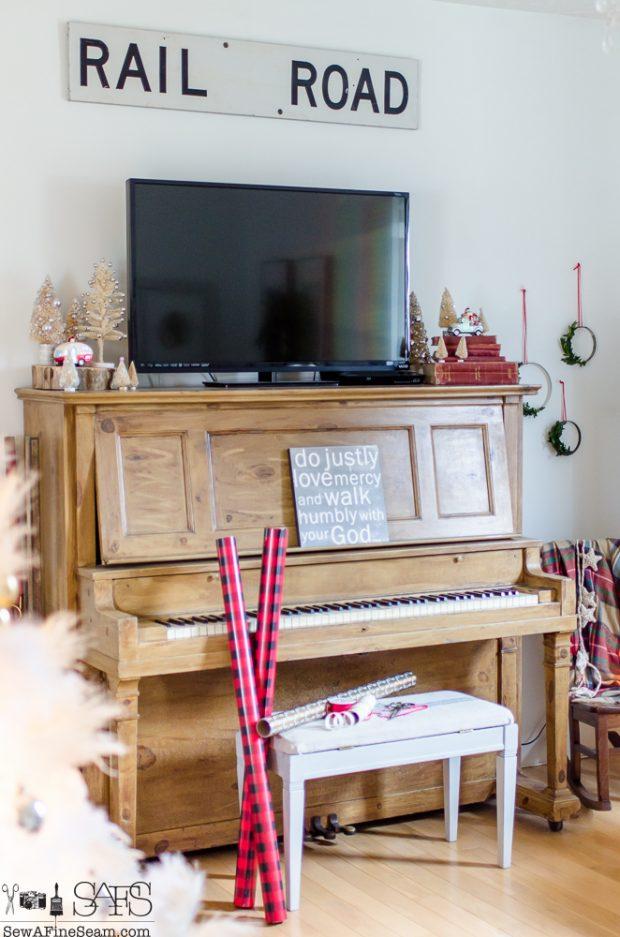 christmas-house-tour-2016 (7 of 68)