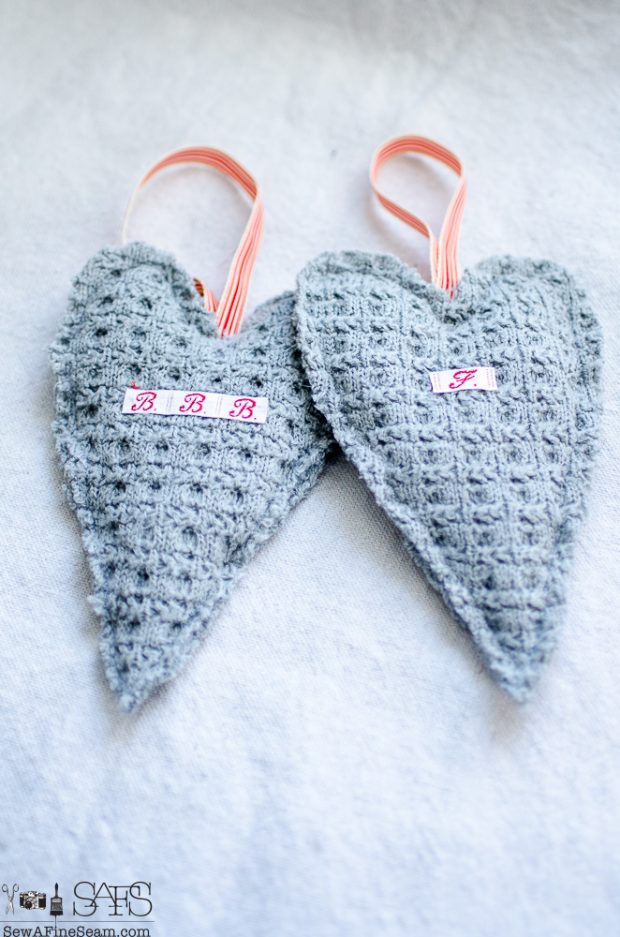 heart-shaped-sweater-sachet-tutorial-7