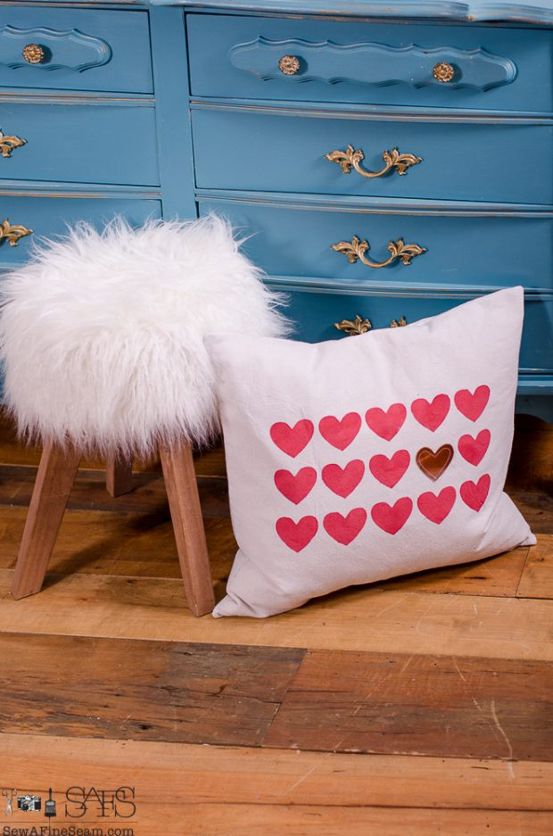 sew-a-fine-seam-pillow-designs-13