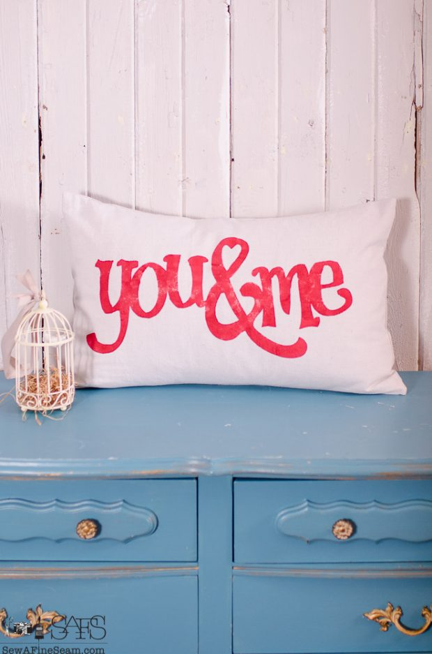 sew-a-fine-seam-pillow-designs-valentine-1