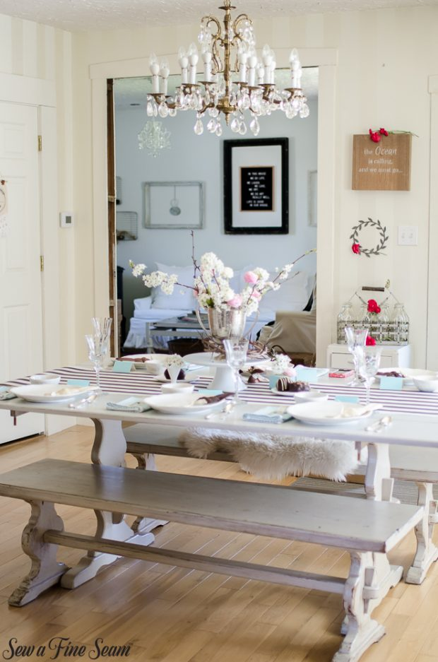 easter-tablescape-with-flowers-and-chocolates-23