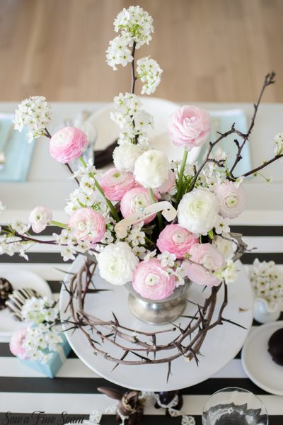 easter-tablescape-with-flowers-and-chocolates-5