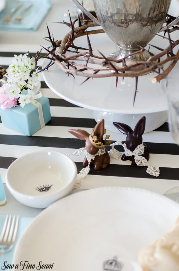 easter-tablescape-with-flowers-and-chocolates