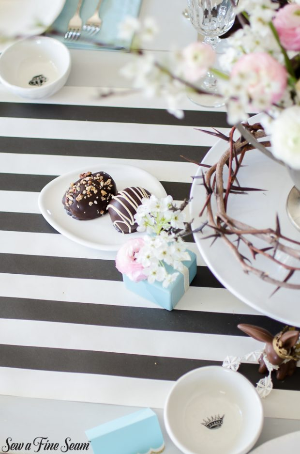 easter-tablescape-with-flowers-and-chocolates-7