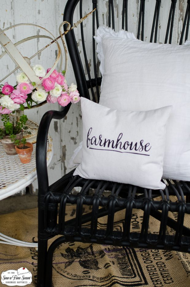 word-art-small-pillow-desigs-farmhouse