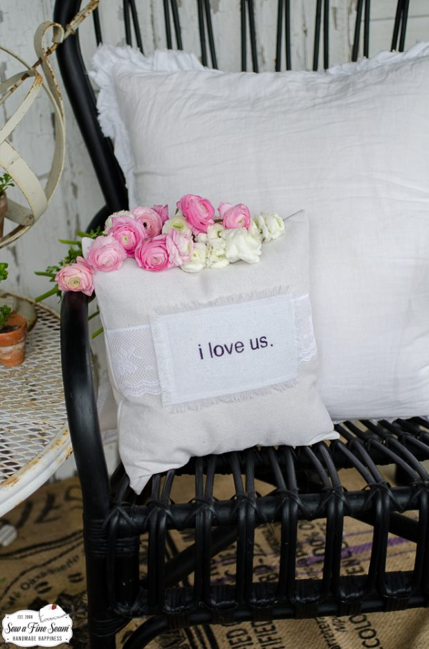word-art-vintage-lace-pillows-iloveus
