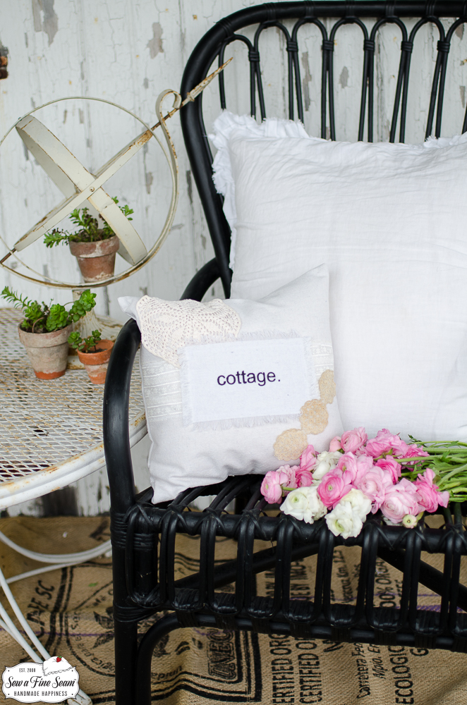 word-art-vintage-lace-pillows-cottage