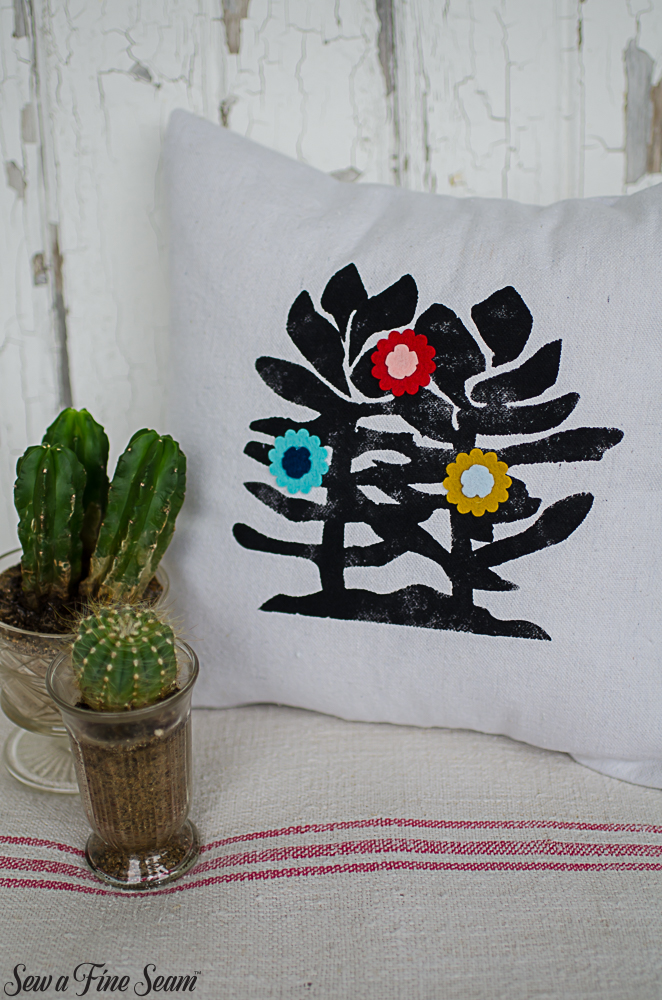summer-pillows-succulents-1