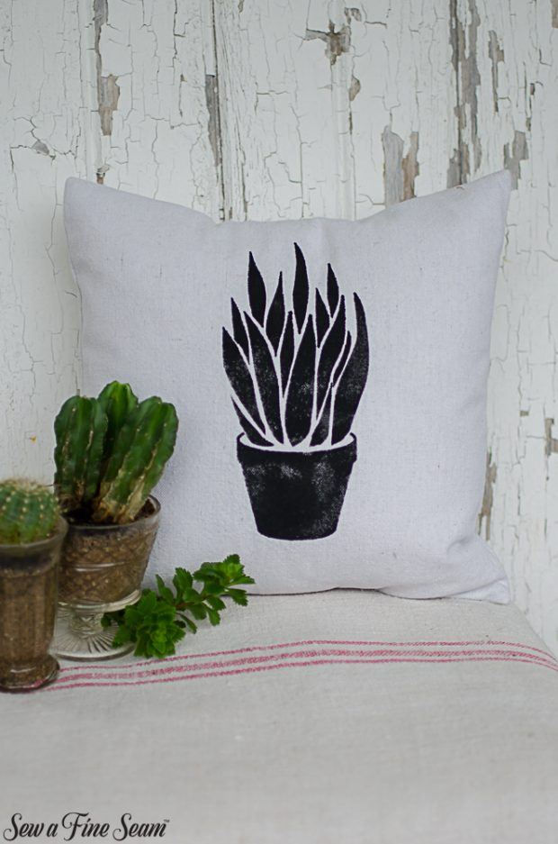 summer-pillows-succulents-14