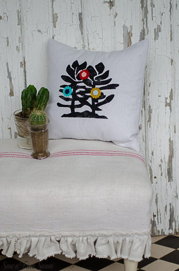 summer-pillows-succulents-2