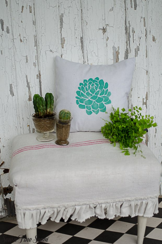 summer-pillows-succulents-4