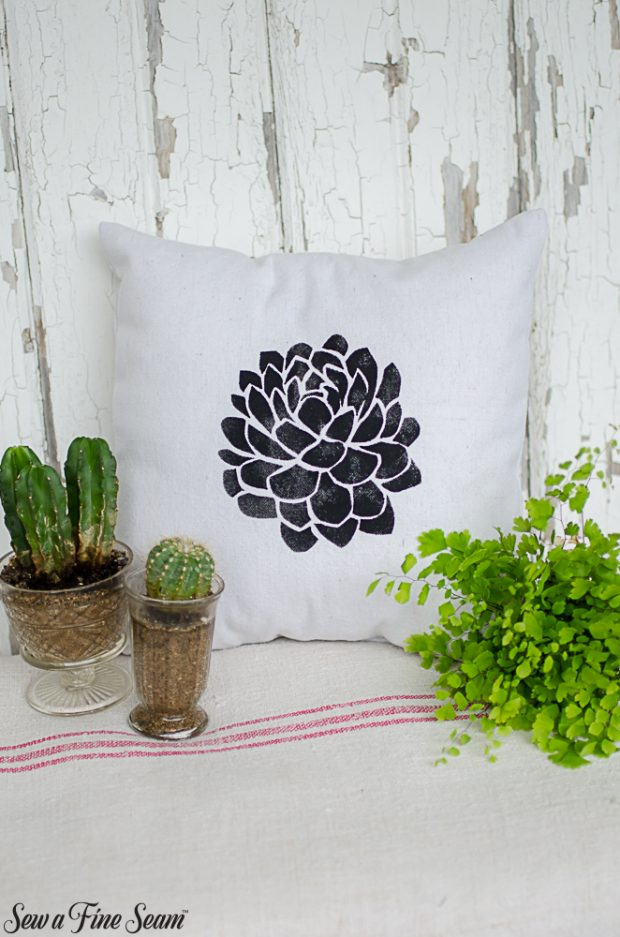 summer-pillows-succulents-5