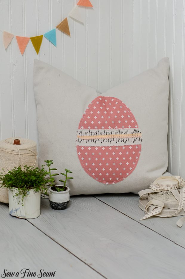 easter-pillows-11