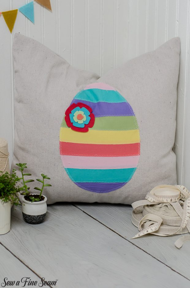 easter-pillows-12
