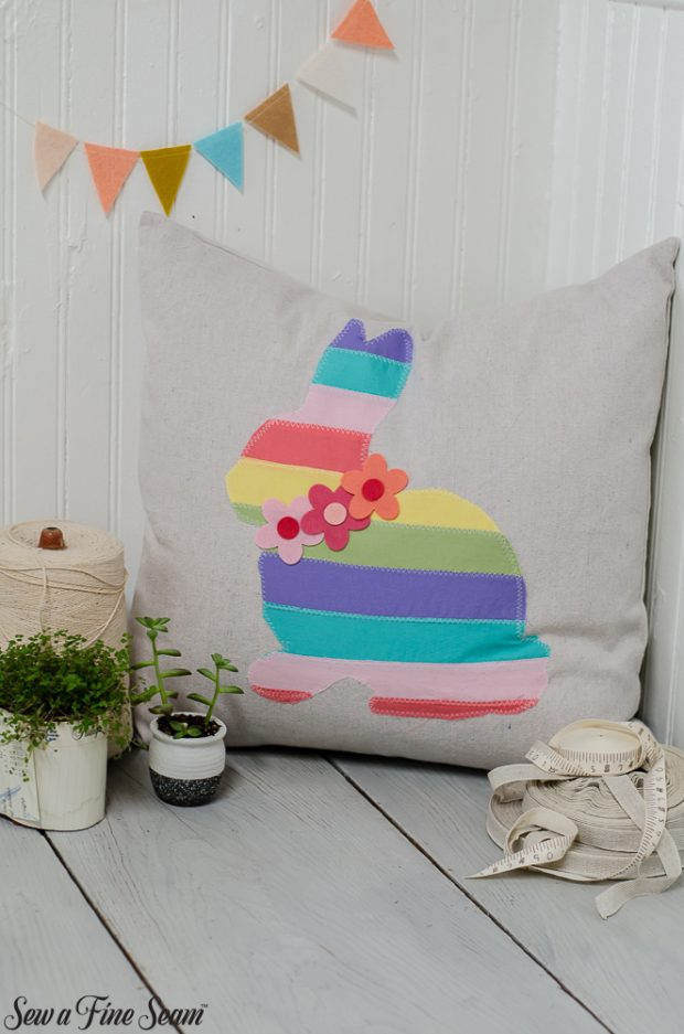easter-pillows-15
