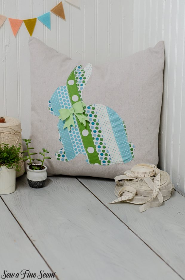 easter-pillows-16