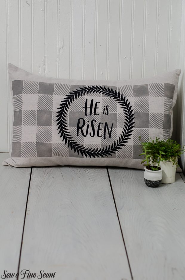 easter-pillows-27