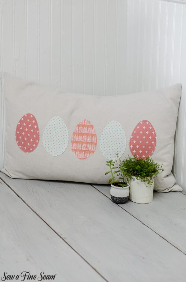 easter-pillows-31