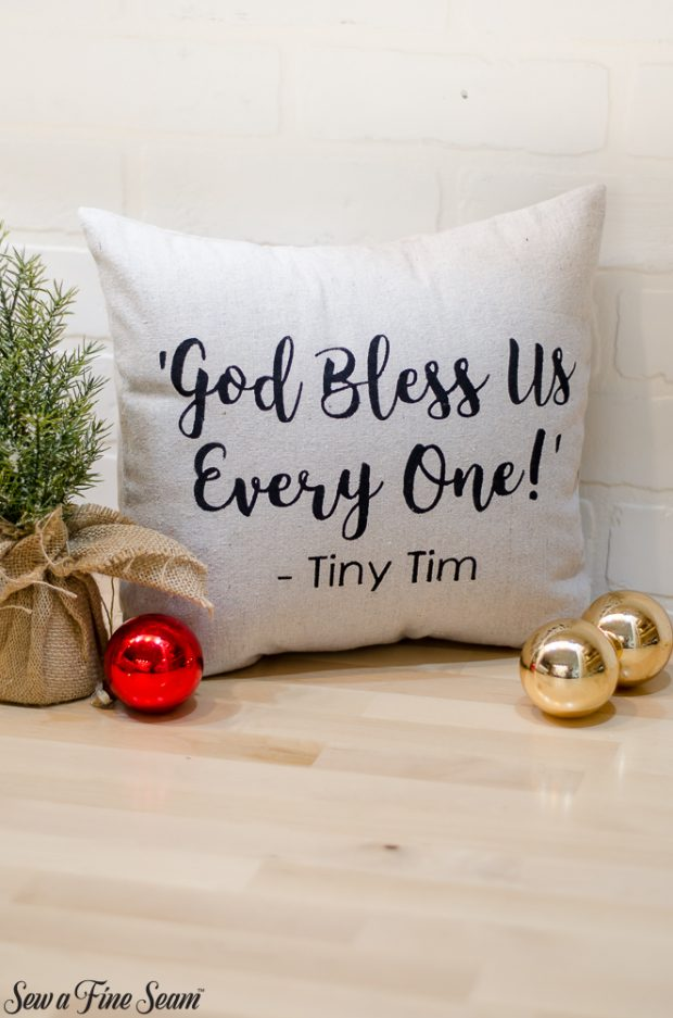 christmas-pillows-2018-black-friday-11