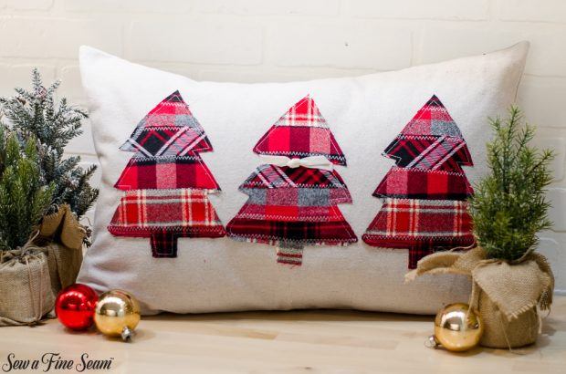 christmas-pillows-2018-black-friday-3