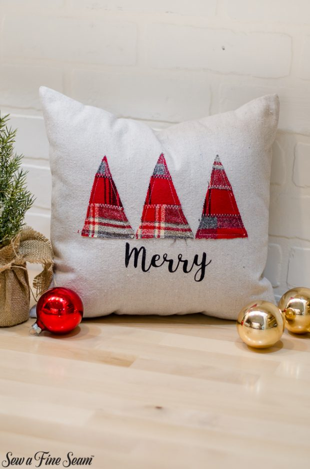 christmas-pillows-2018-black-friday-8