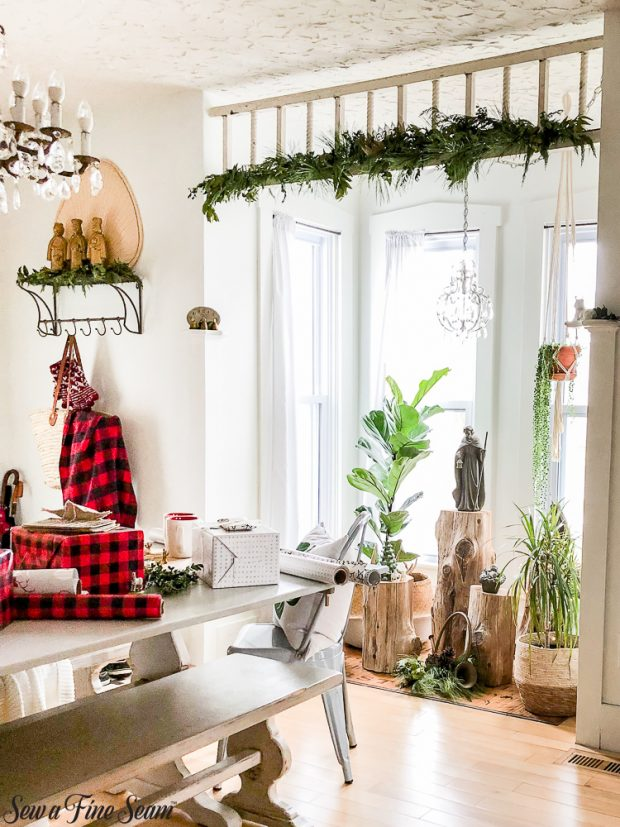 christmas-dining-room-nook-2018
