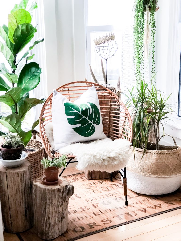 plants-reading-nook-plant-pillow