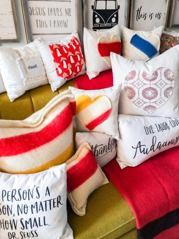 wool-pillows-valentines